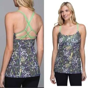 Lululemon Dancing Warrior Strappy Back Tank Sz. 2